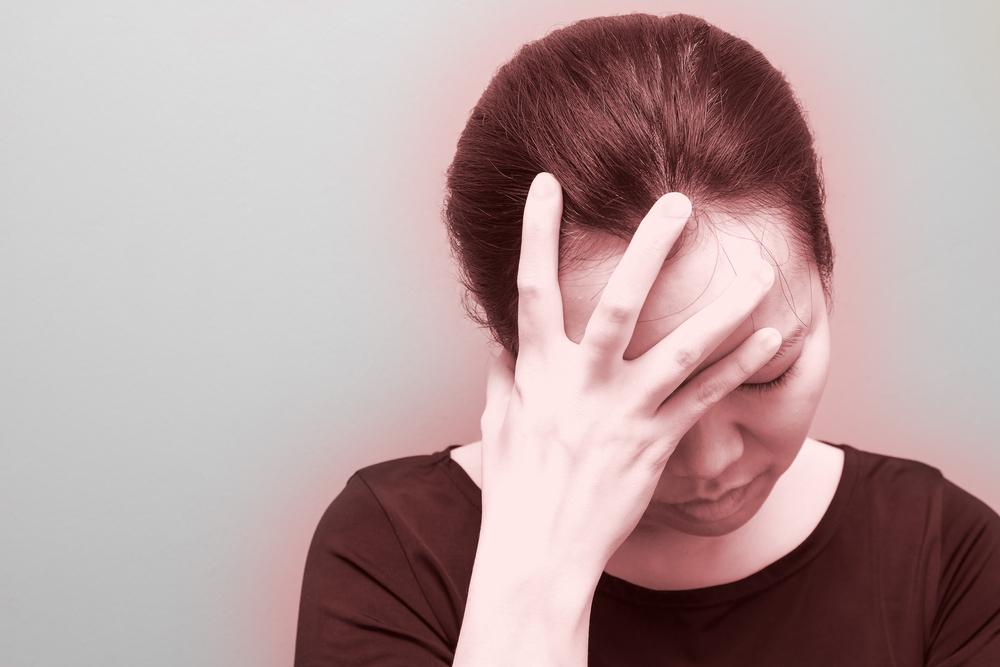 Мигрень: симптомы и лечение (таблетки и немедикаментозные методы)